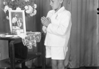 b_witaczynska_negatyw_002_komunie_chłopcy_od_komuni_1957_002 (garwolin.org)