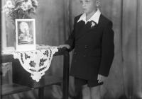 b_witaczynska_negatyw_003_komunie_chłopcy_od_komuni_1956_004 (garwolin.org)
