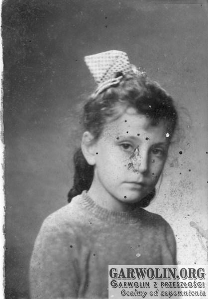 b_witaczynska_papier_portret182-garwolin.org_