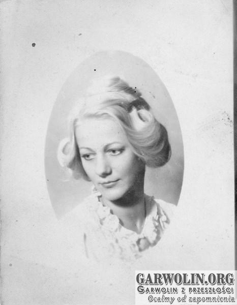 b_witaczynska_papier_portret196-garwolin.org_